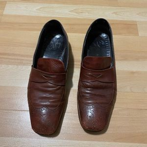 Prada Leather Loafer Shoes size 9